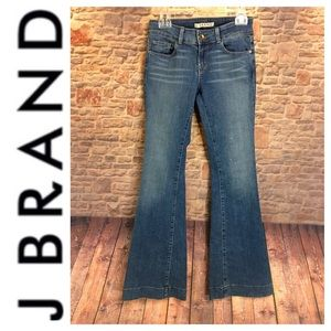 💙J Brand LoveStory Wide Flare Leg denim jean